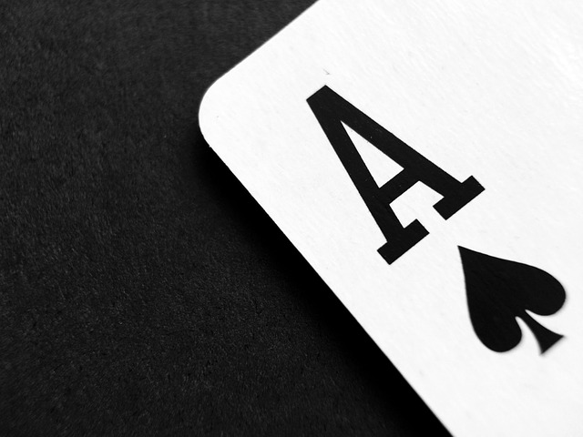 What are the rules when you are gambling on blackjack online?